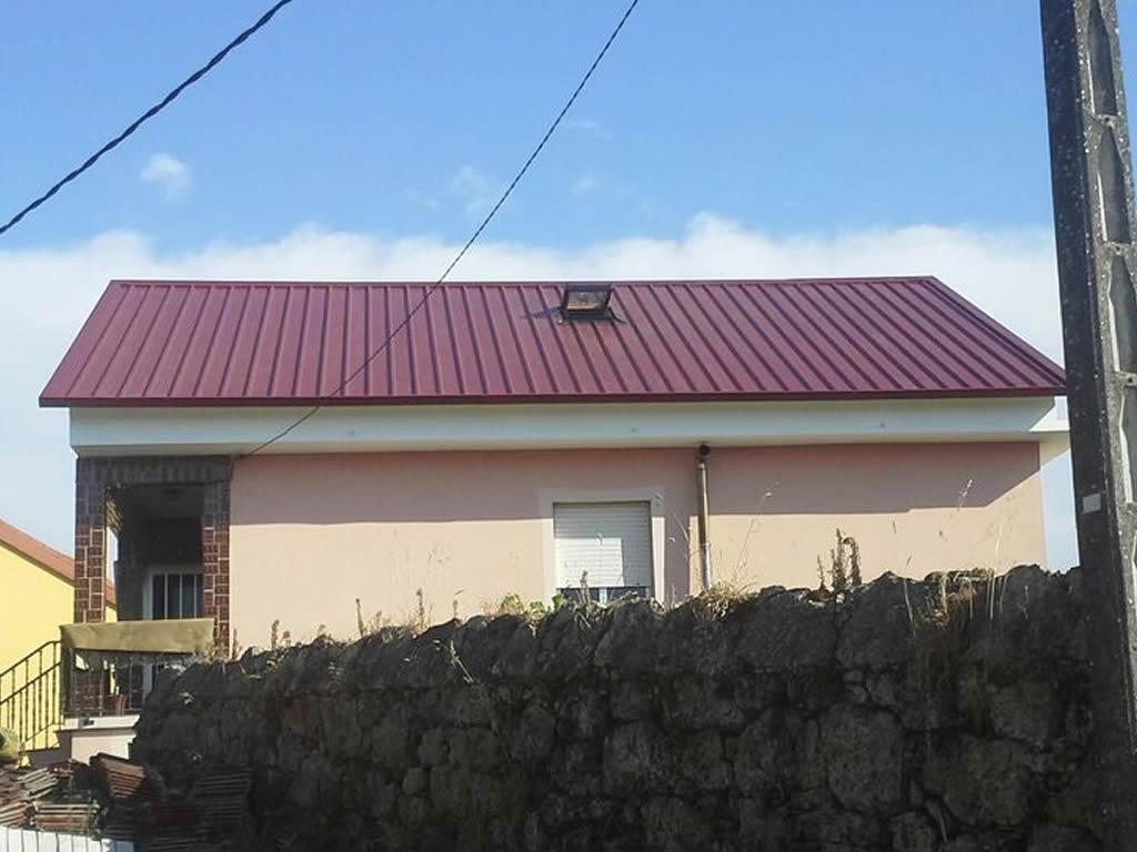 Montaje tejado panel sandwich en santiago rodriguez metal for Tejados de madera y teja