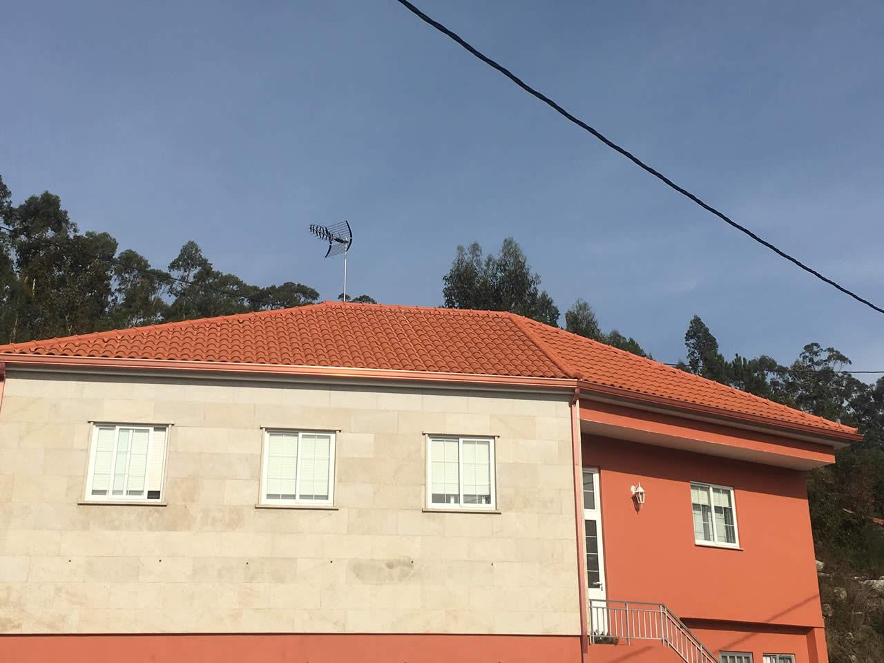 Rodríguez Metal cubierta a 4 aguas en Pontevedra