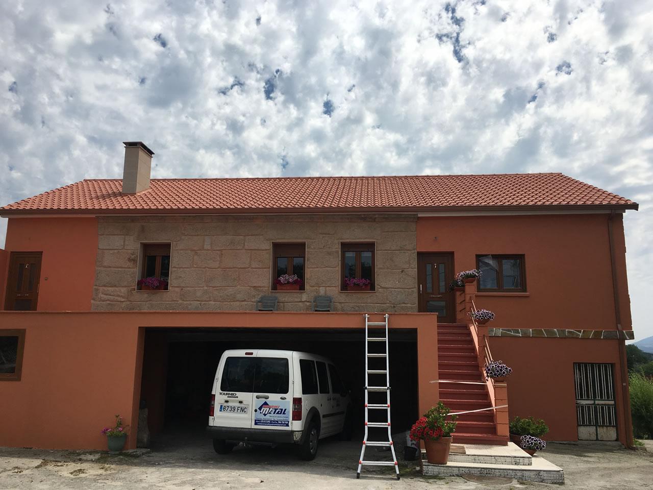 reforma tejado y fachada vivienda mourente