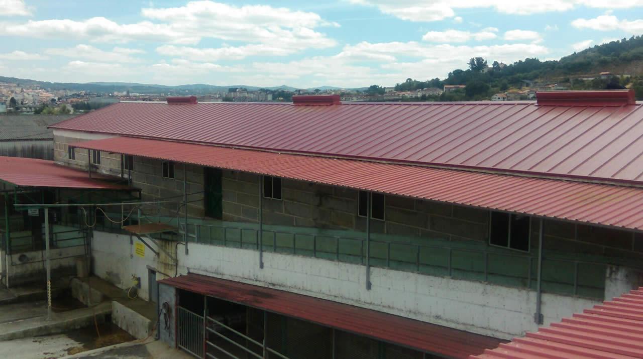 Cubiertas a dos aguas best video tejado a dos aguas d for Tejados madera ourense