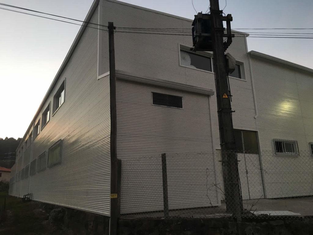 Revestimiento fachadas naves industriales Pontevedra - Rodríguez Metal