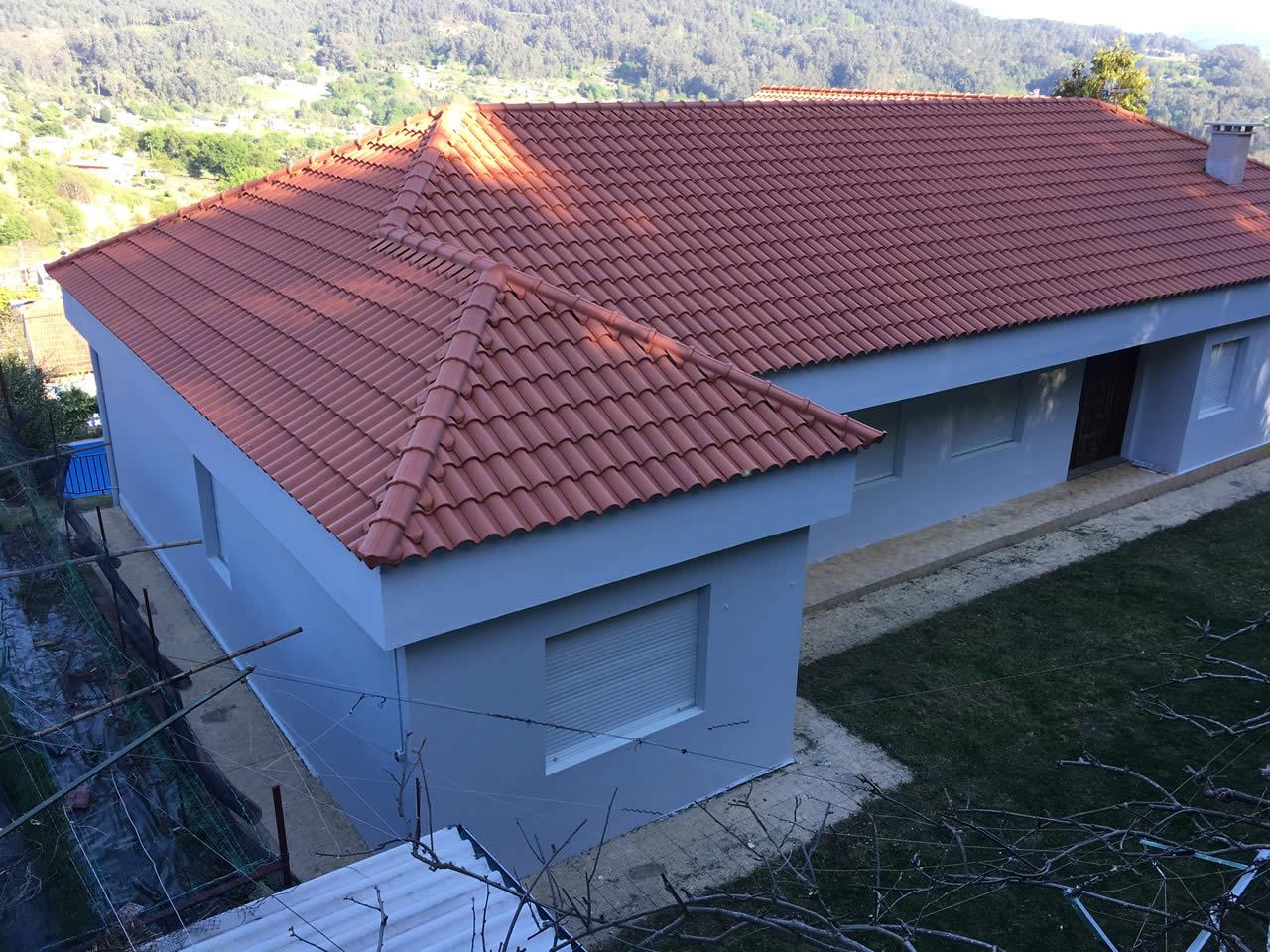 Construcción de tejado en Nigrán - Instalaciones Rodríguez Metal