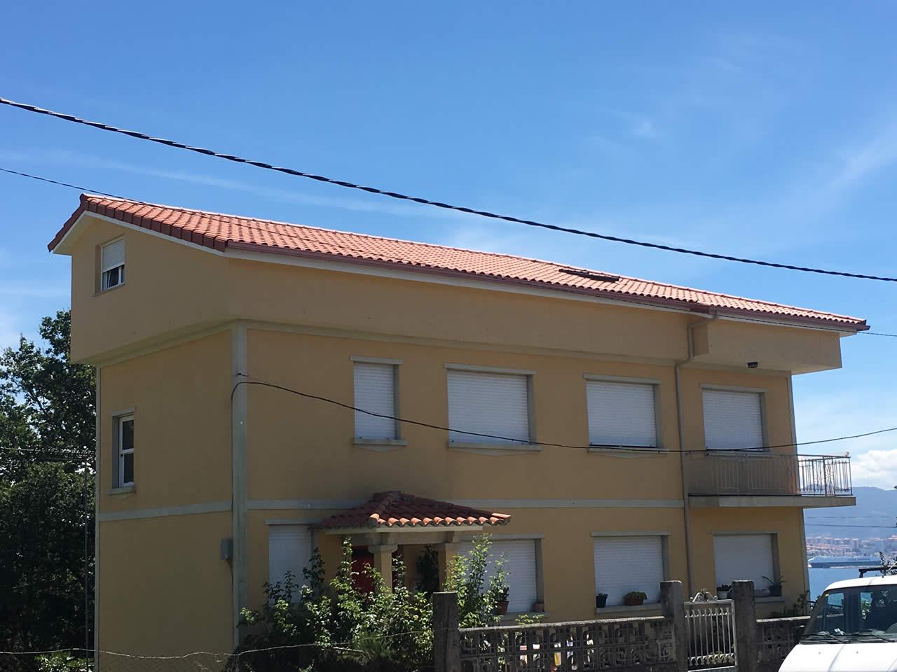 Construcción de tejado a tres aguas en Moaña - Instalaciones Rodríguez Metal